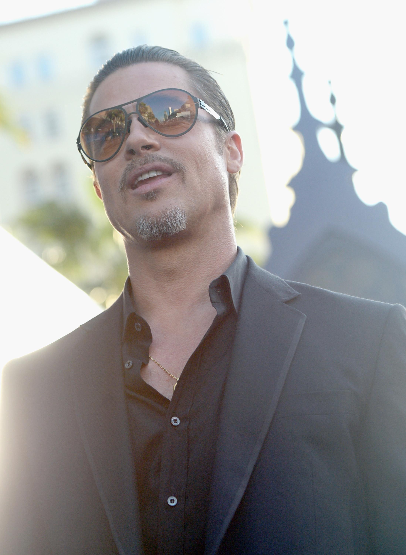Brad Pitt en la Première de Maleficient