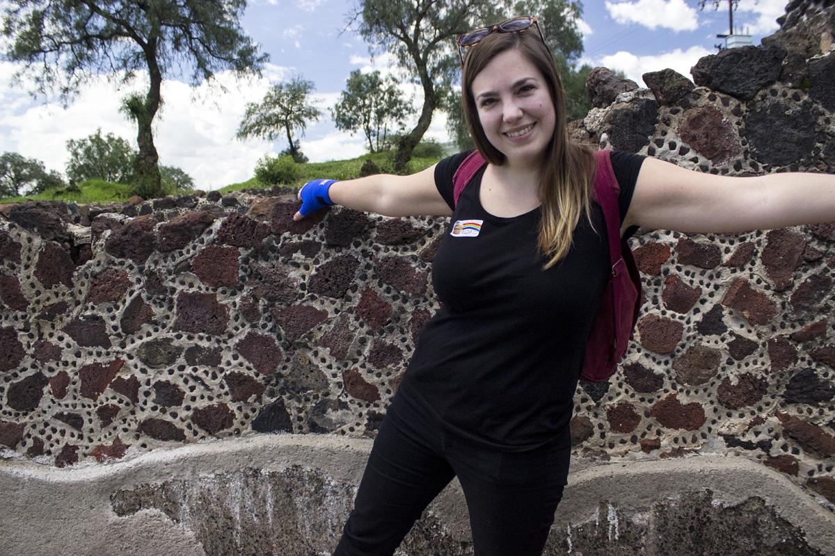 En Teotihuacan - Jeans, H&M. Remera, GAP. Mochila, Met & Mure.