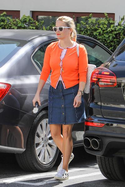 Reese+Witherspoon+aglow+orange+gJOD-wQxOgTl