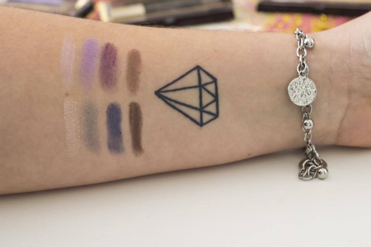 Swathes de Luxe Lilacs y Azure Allure