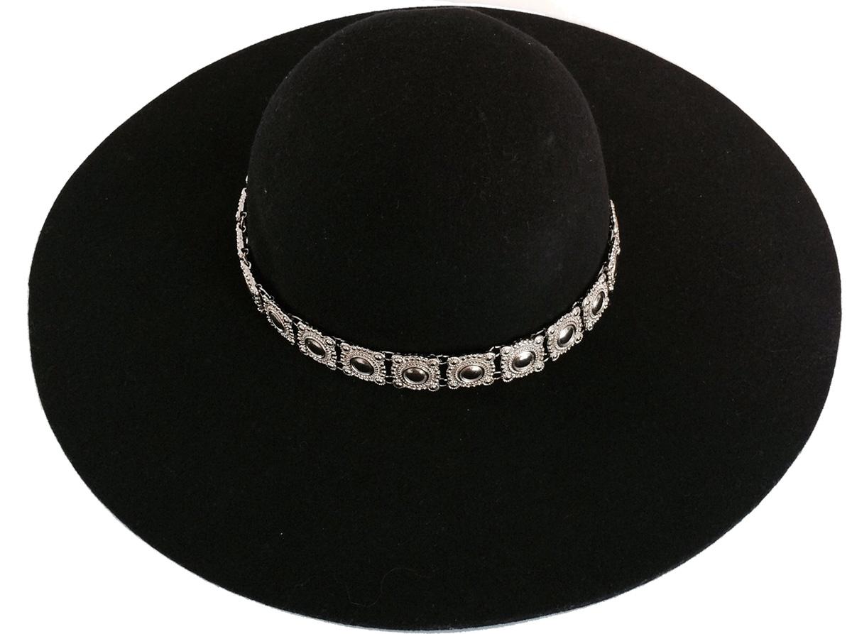 RUE LITTRE. Sombrero de fieltro $1380.